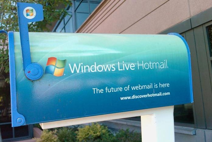 windows-live-hotmail-310311