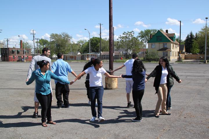 Determinando el éxito del año escolar en Esperanza, Una ...