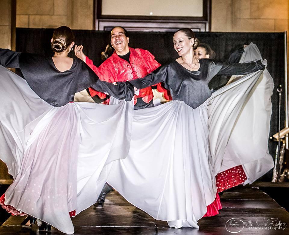 Ritmo y Raza llevaron bailes culturales