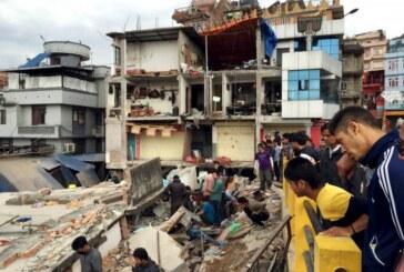 El balance de muertos sigue creciendo en Nepal: ya hay 2.152