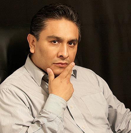 Ivan Gomez Vocero Latino 2017